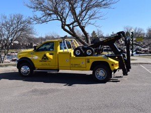 vehicle recovery and towing service tow truck